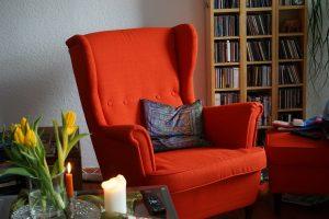 Retapisser un fauteuil : à quel prix ?